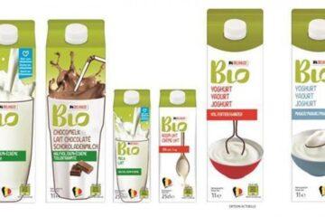 Foto: ontwerp van de verpakkingen met uitsluitend Belgische biomelk die Delhaize vanaf 1 juli aanbiedt.